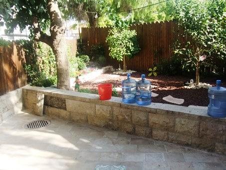 Musrara - renovated 1 BR Large garden