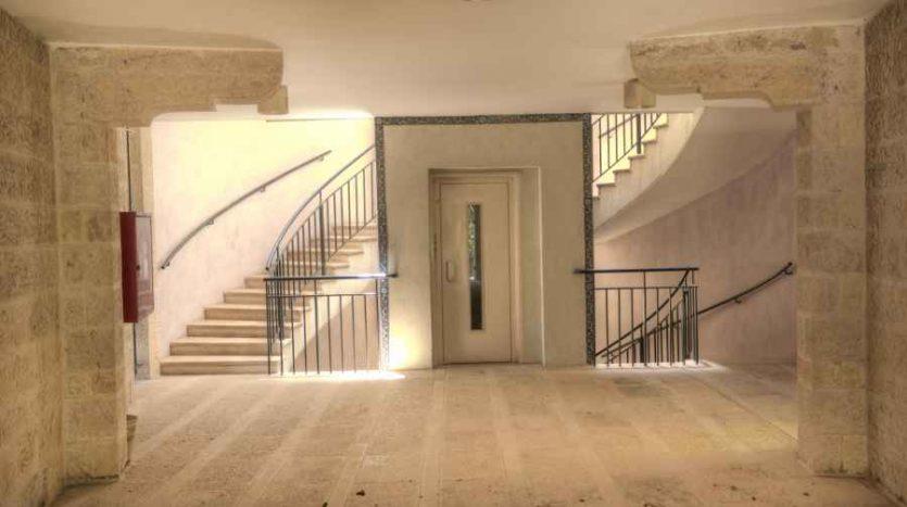 Abu-Tor – 3 BR Amazing apartment