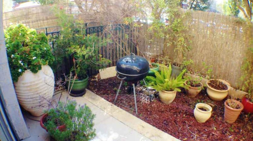 Abu-Tor - luxury 200m2 with Garden