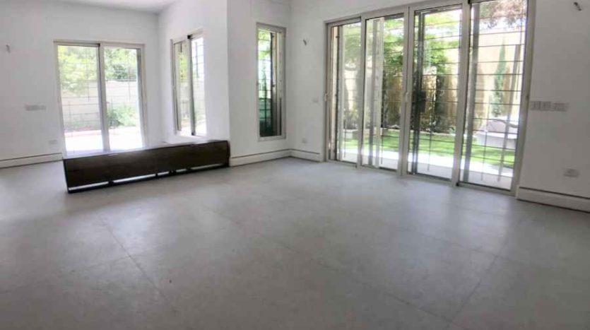 Arnona - house of 300 m2