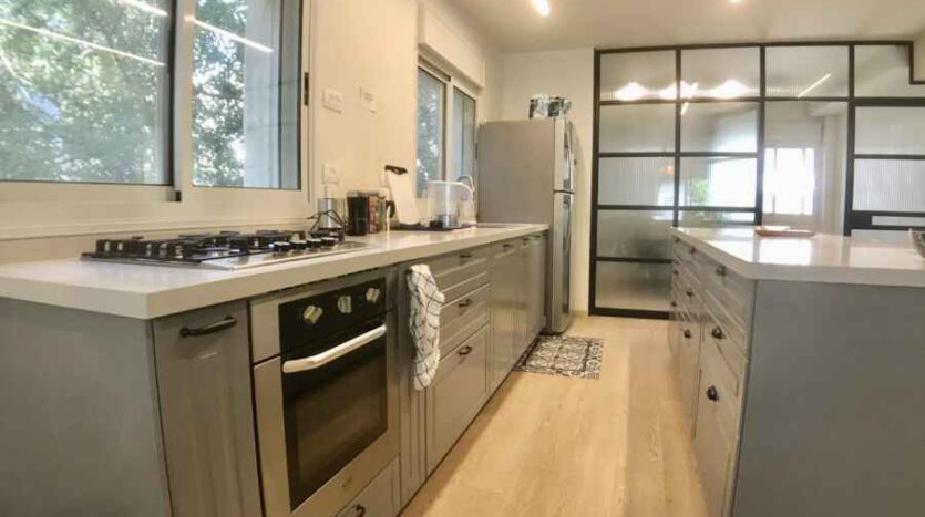 Talbieh - 3 BR renovated fully furnished
