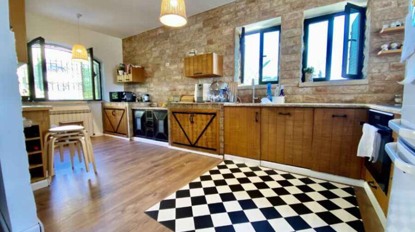 Abu-Tor - amazing apartment!